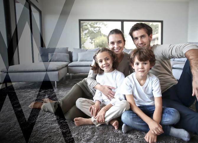 Vita-di-famiglia-nel-comfort-casa-in-legno-Wolf-Haus.jpg
